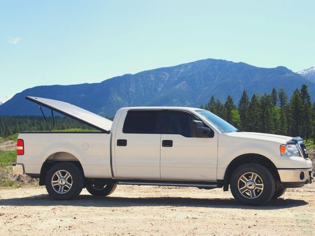 Best Tonneau Covers For Ford F150, Tacoma, Tundra & Other Pickup Trucks