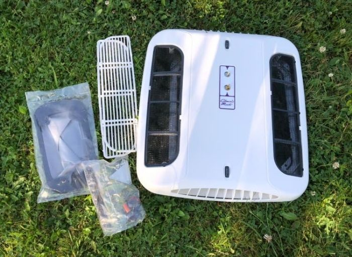 Best RV Air Conditioner #1 Coleman-Mach 08-0059 – Non-Ducted Air Conditioners