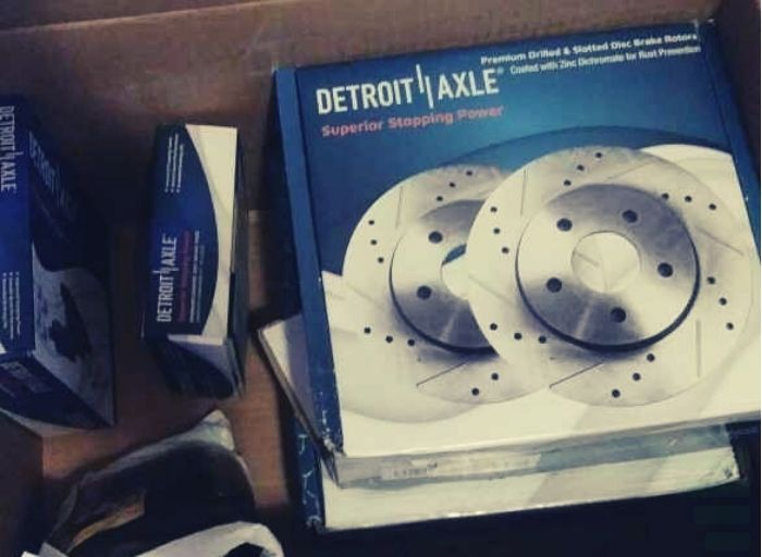 Detroit Axle Front and Rear Disc Brake Kit